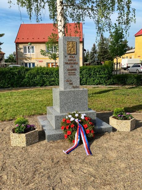 Pomník padlých Spořice